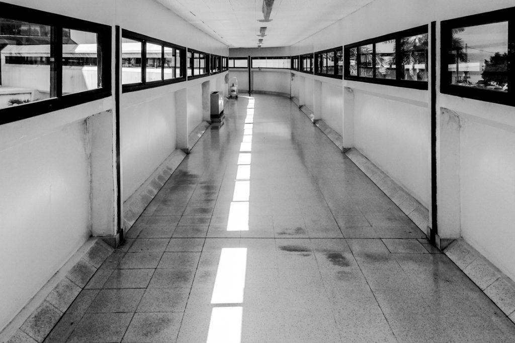 Hallway-in-Panama-1.31.14-2-1024x683.jpg